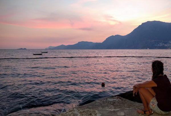 tramonto rosa su Praiano