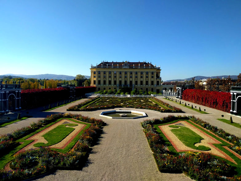 con Sissi alla corte degli Asburgo in autunno