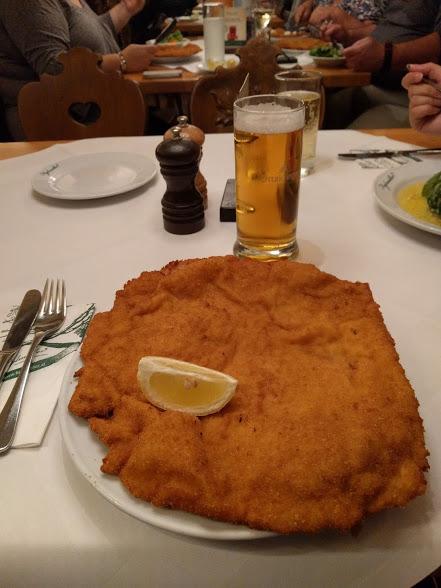 proporzioni spropositate per la cotoletta viennese