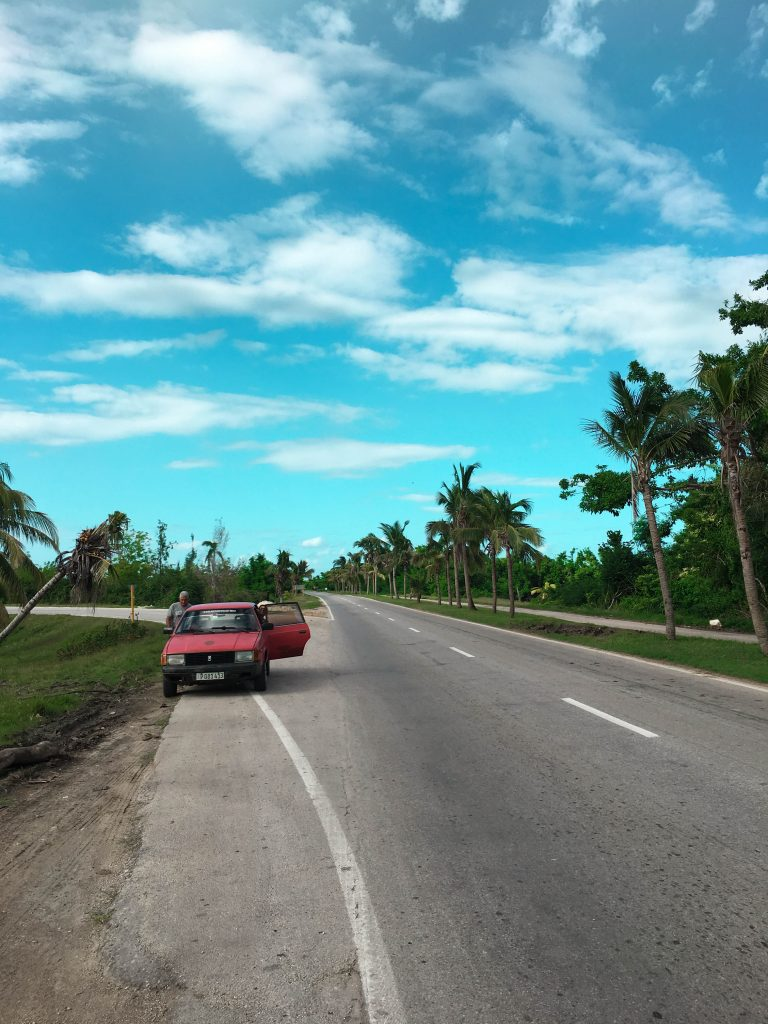 tour in auto per le strade di Cuba da Remedios
