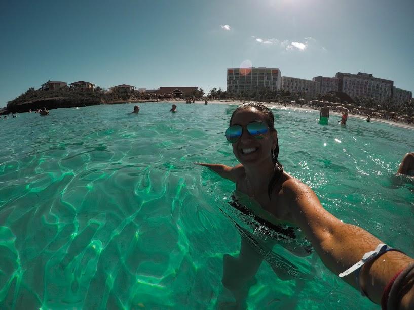 andare in cavanza a Cuba e vedere il mare turchese di Varadero