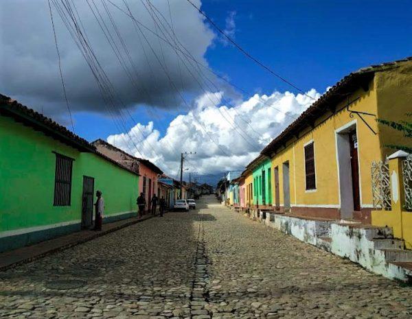 coloratissime case cubane a Trinidad