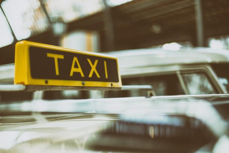 insegna taxi
