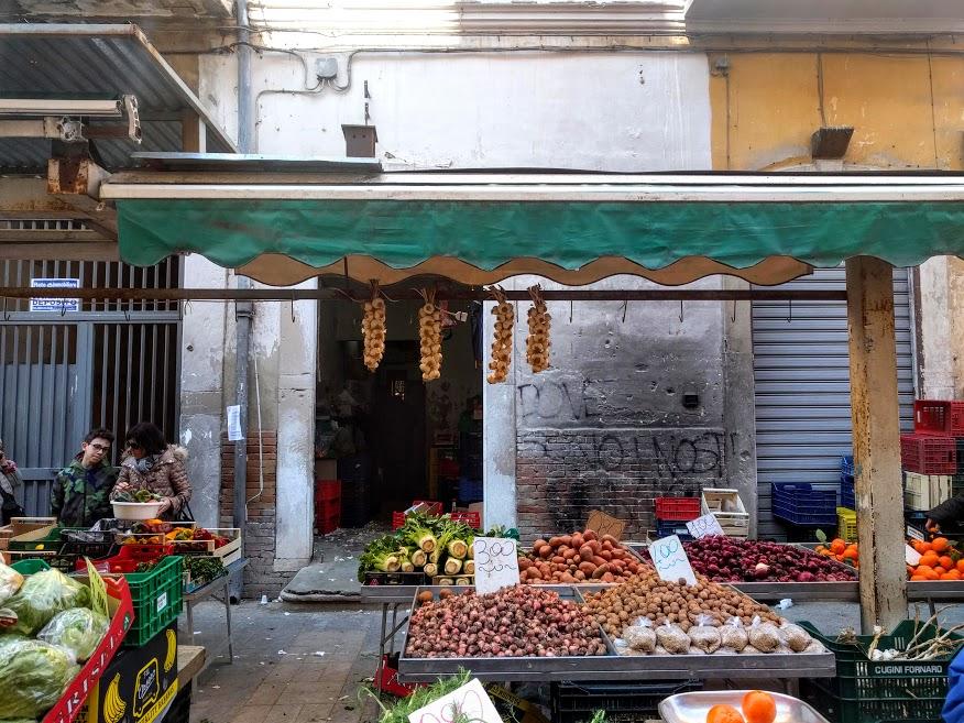 una passeggiata al mercato