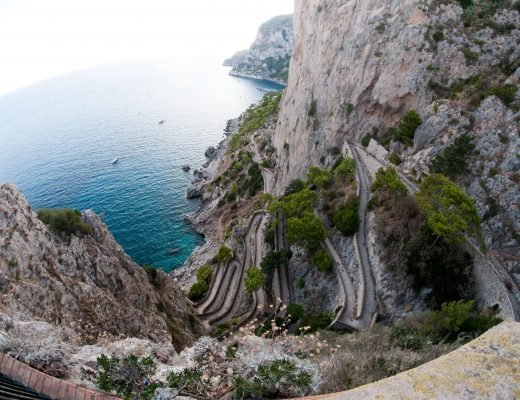 Vista su Via Krupp a Capri