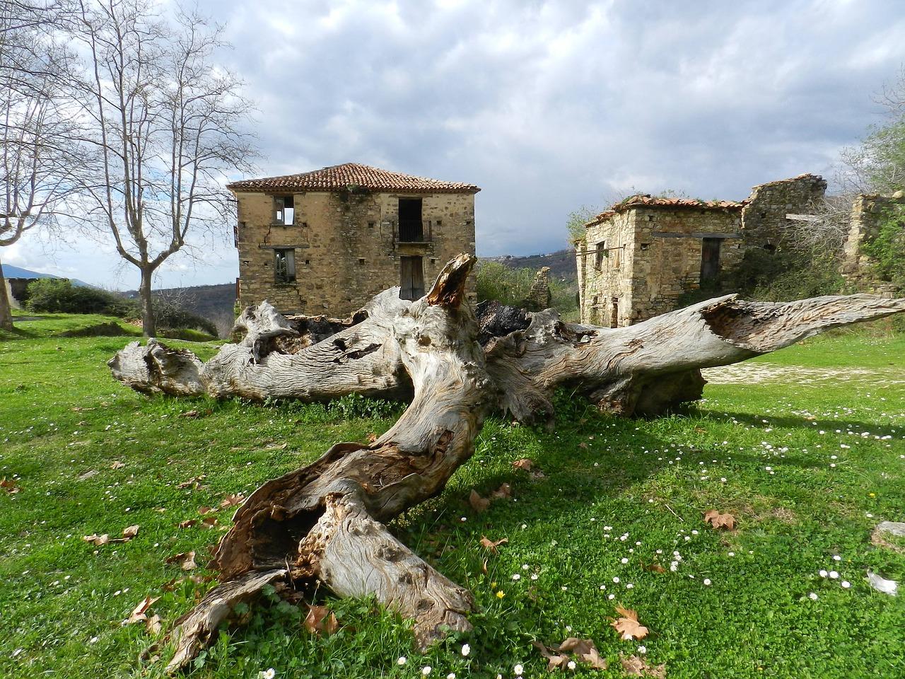 Roscigno Vecchia - Pesi fantasma in Italia