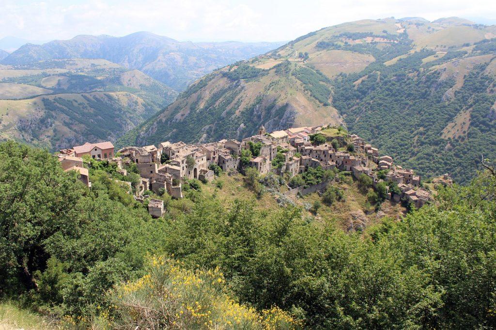 Romagnano al Monte - Paesi fantasma in Campania