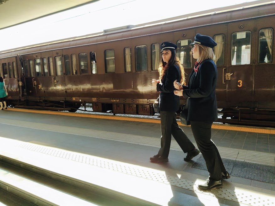 Carrozze Centoporte - Treno storico in Italia