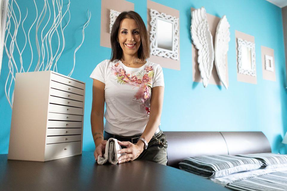Ingrid Benincasa, consulente certificata metodo KonMari sulla piegatura dei capi e il decluttering