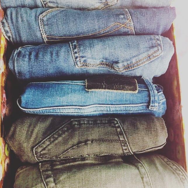 Jeans metodo KonMari bagaglio perfetto
