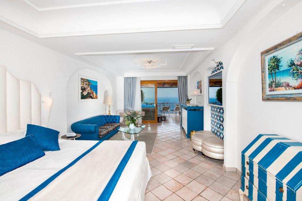 Suite Jacyzzy Hotel Eden Roc :Suite con Jacuzzy privata sul terrazzo vista mare a Positano.