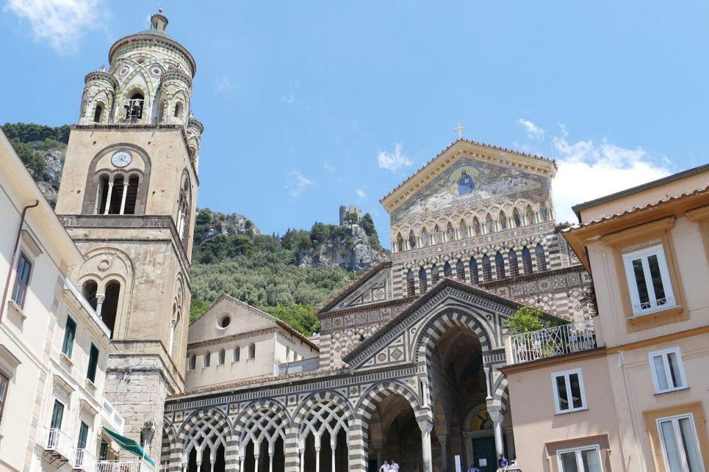 Cattedrale di Amalfi in pieno centro storico