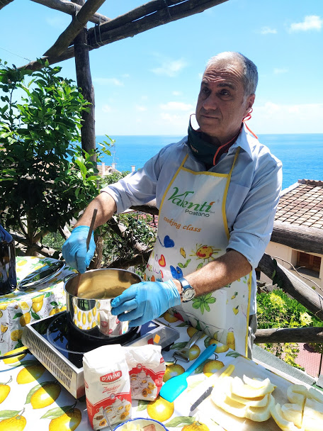 Limoncello making