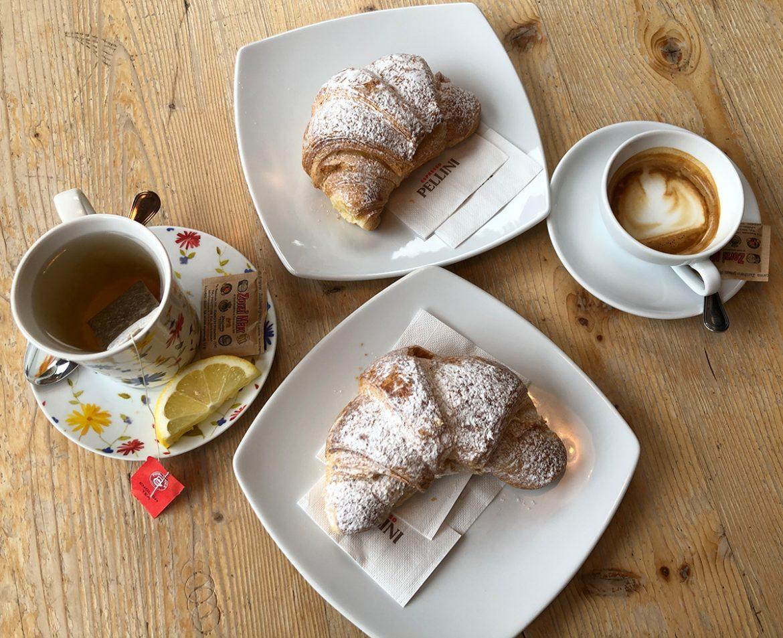 Fare colazione al bar pasticceria ladin Canazei in Val di Fassa