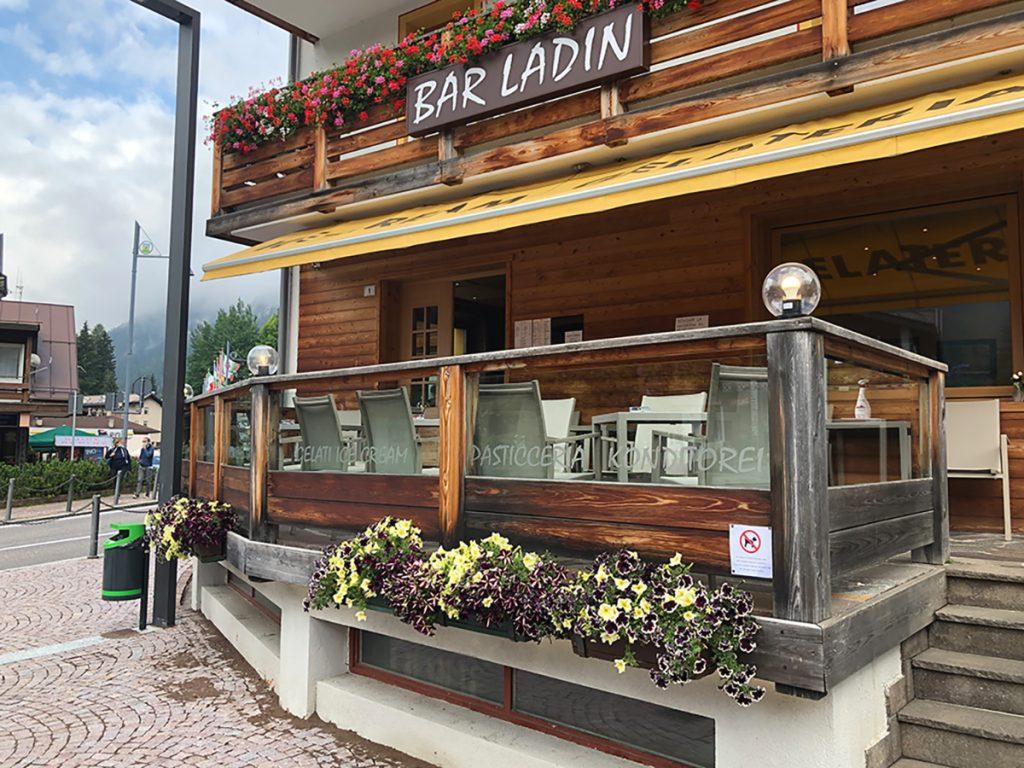 Bar Pasticceria Ladin di Canazei in Val di Fassa