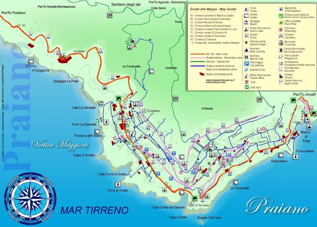 Mappa con le strade, i sentieri e i parcheggi a Praiano.
