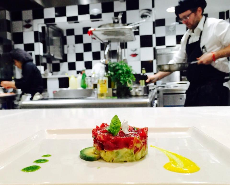 Cosa fare a Positano quando piove: una lezione di cucina al ristorante Casa Mele