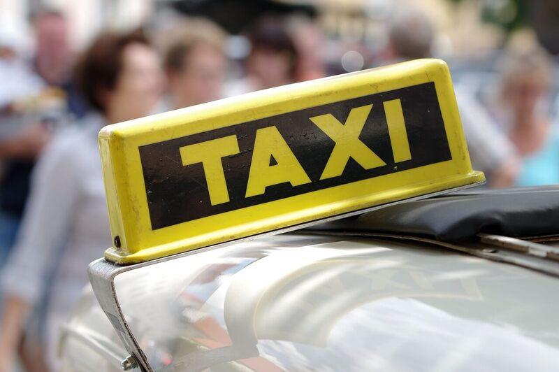 Taxi disponibili per andare da Amalfi a Ravello