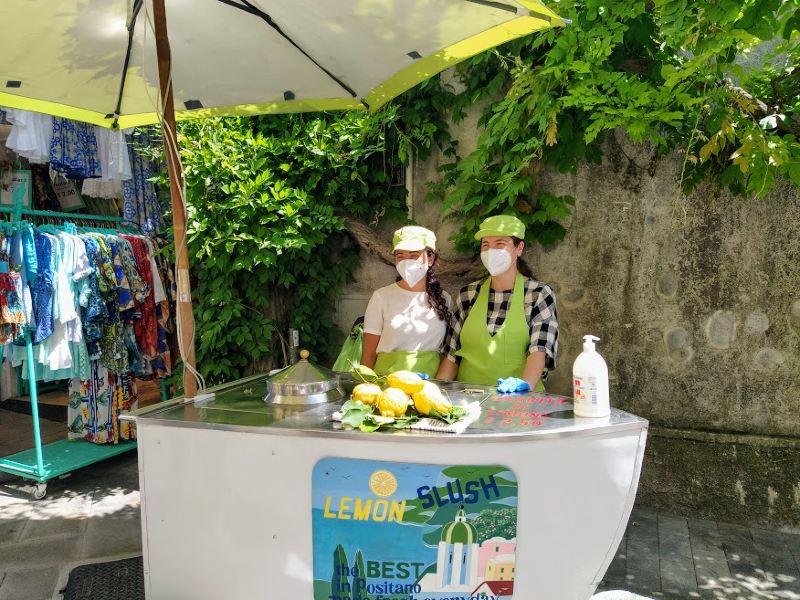 Mangiare la granita al limone a Positano zona centro: Lemon Slush