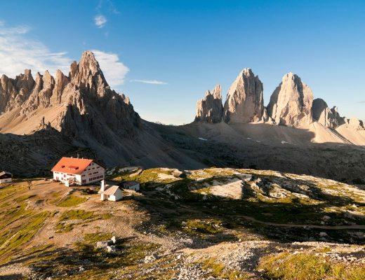 Rifugi più belli delle Dolomiti: rifugio Locatelli nei pressi delle Tre cime di Lavaredo